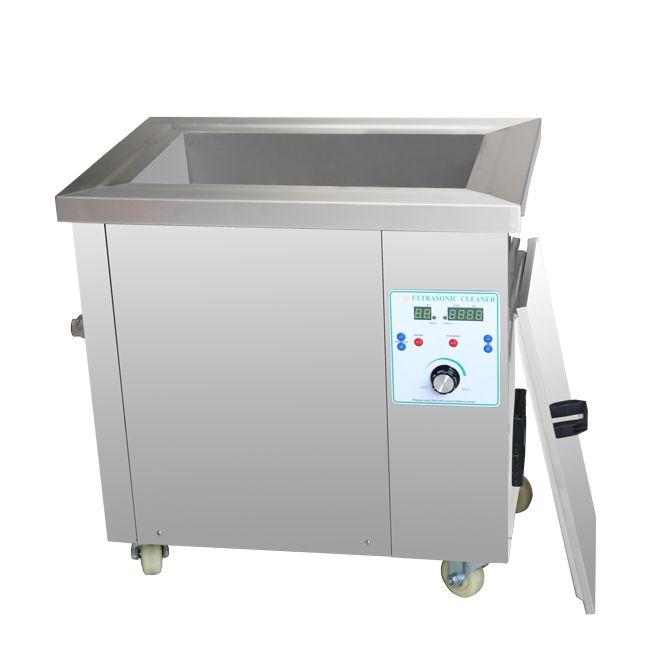 Ultrazvuková čistička Industrial 135D, vana 135 litrů odolná vana proti kyselinám a zásadám DKG