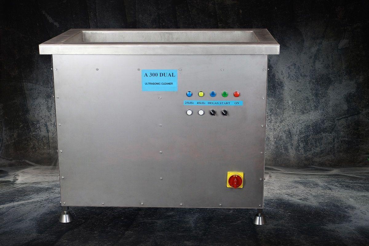 Průmyslová profesionální dvoufrekvenční ultrazvuková čistička A225, vana 250 litrů USTAD
